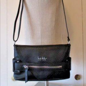 NICOLE MILLER Cross Body Envelope Style Bag Purse.